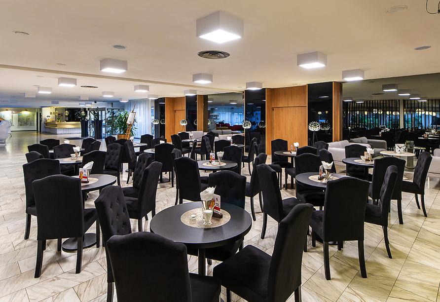 Solny Resort & Spa in Kolberg, Bar, Lounge