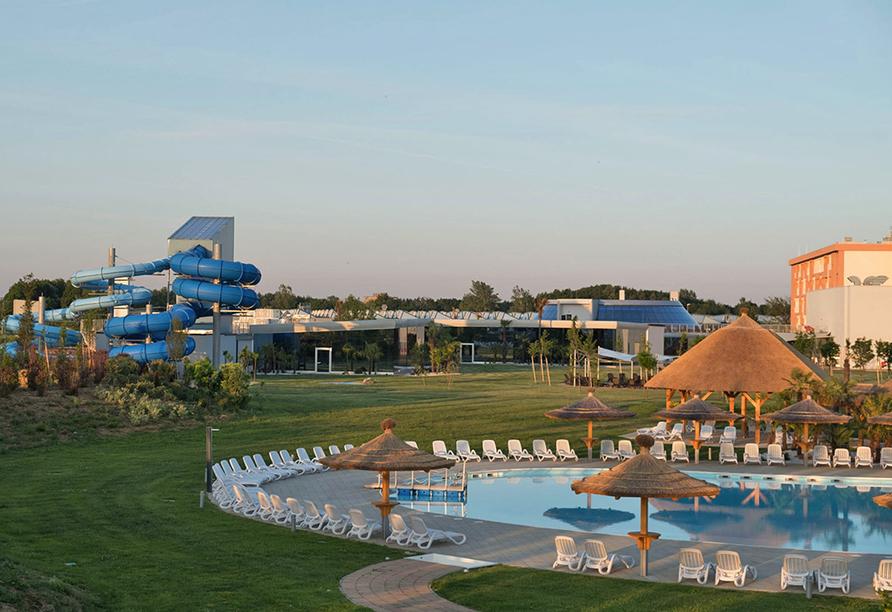 Mjus World Resort & Thermal Park, Außenanlage