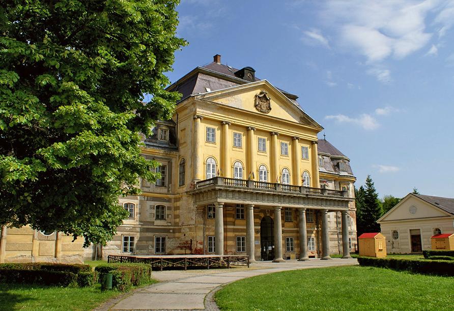 Mjus World Resort & Thermal Park, Schloss Körmend