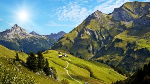 Alpenhotel Mittagspitze in Damüls im Bregenzerwald Österreich, Landschaft