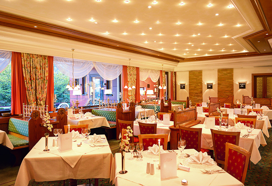 Flair Hotel Sonnenhof in Baiersbronn im Schwarzwald, Restaurant