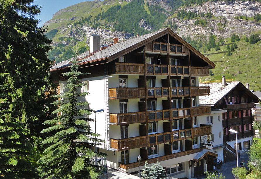 Hotel Holiday, Zermatt, Außenansicht