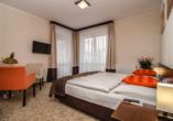 Hotel Emocja Uniescie Polnische Ostsee, Beispiel Doppelzimmer Seeblick