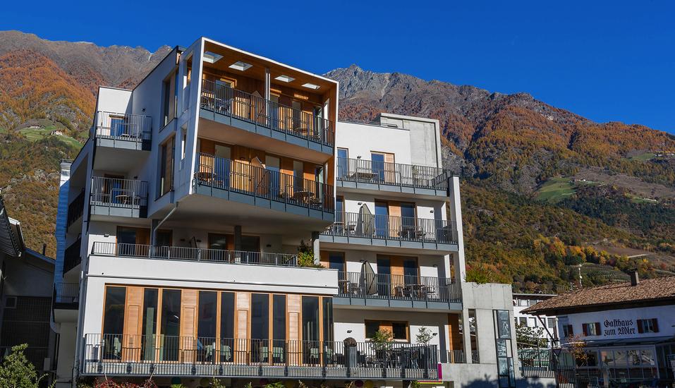Kleinkunsthotel in Naturns, Südtirol, Italien, Außenansicht Rückseite