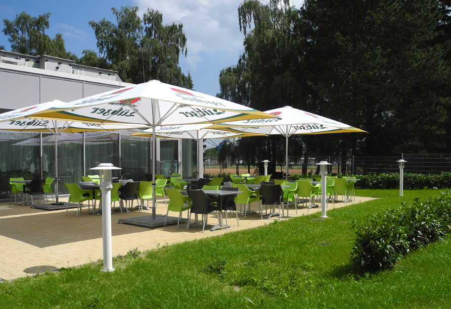 Hotel Sportforum in Rostock, Terrasse