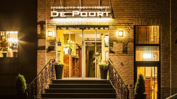 Hotel de Poort, Hotel