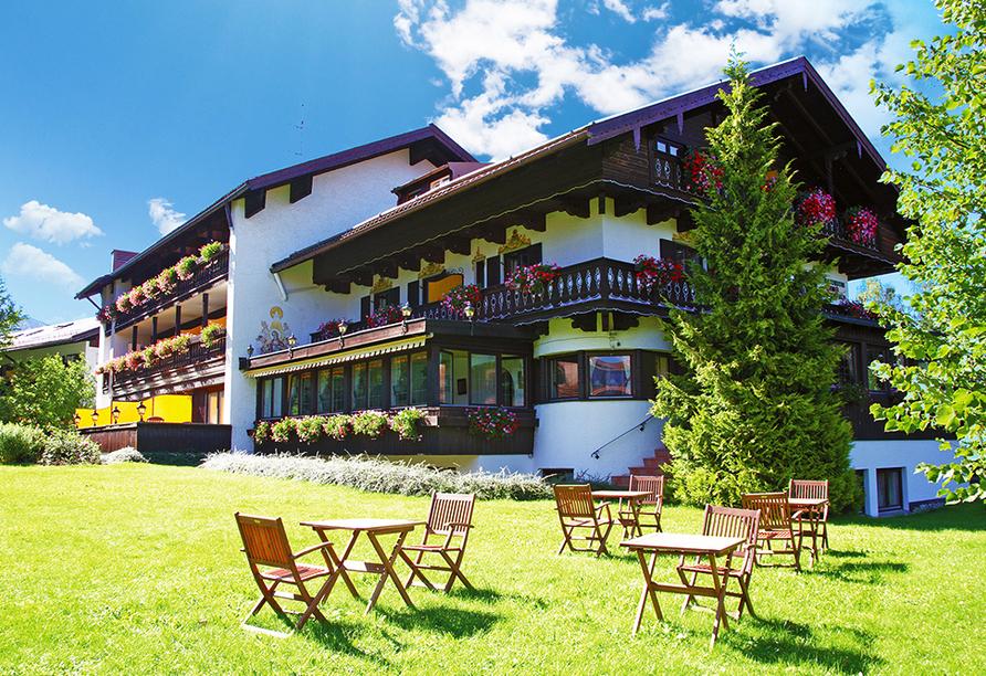 Landhotel Sonnenfeld am Tegernsee im Kurort Bad Wiessee am Tegernsee, Garten