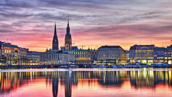 Hotel Quickborn in Quickborn an der Nordseeküste, Ausflugsziel Hamburg