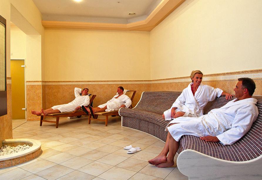 SOIBELMANNS Hotel Alexandersbad, Ruheliegen im Wellnessbereich