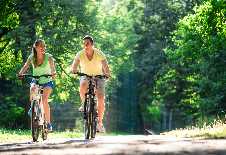 Hotel Acamed Resort Nienburg-Neugattersleben, Fahrradtour