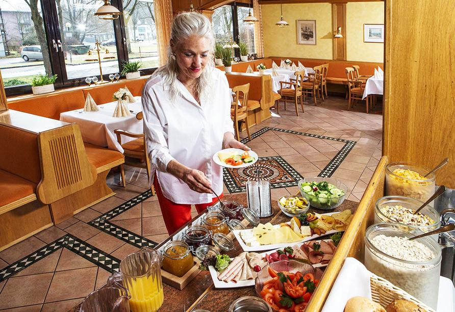 Kurhotel Unter den Linden in Bad Füssing, Frühstücksbuffet