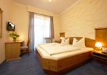 Hotel Vier Jahreszeiten in Garmisch-Partenkirchen, Beispiel Doppelzimmer