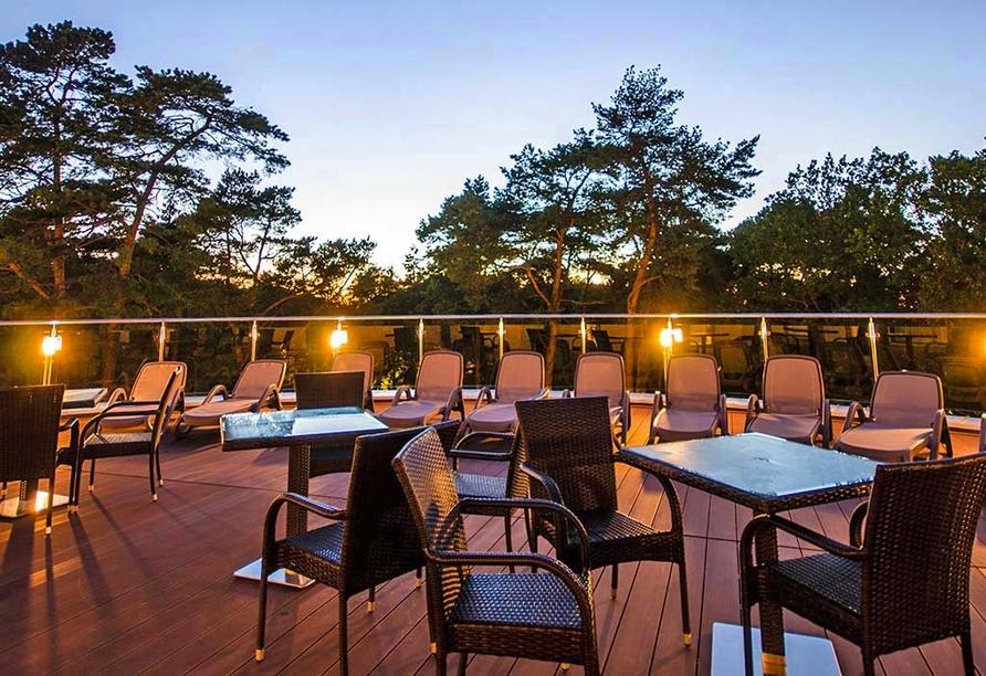 Hotel Grand Kapitan Medi Spa in Henkenhagen, Dachterrasse