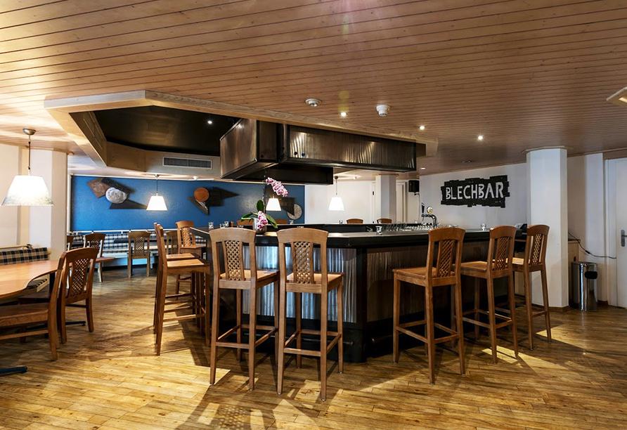 T3 Alpenhotel Flims, Blechbar