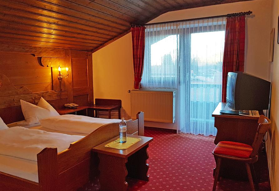 Landgasthof zur Post in Schleching, Doppelzimmer Zimmerbeispiel