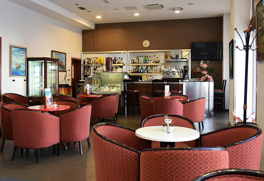Hotel Park in Lovran, Kvarner Bucht, Café