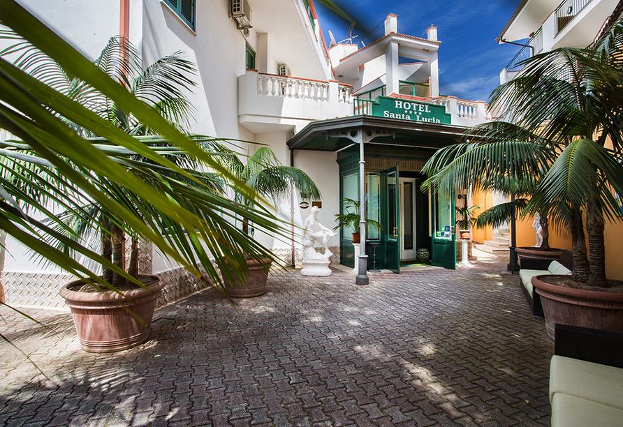 Mediterrane Vielfalt an Italiens Stiefelspitze, Hotel Santa Lucia, Willkommen