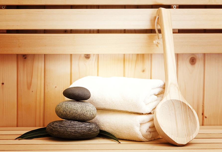 Ruhe und Entspannung finden Sie in der Sauna.