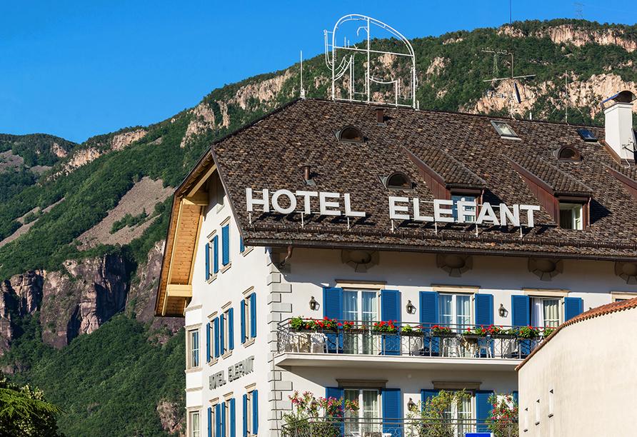 Hotel Elefant in Auer, Außenansicht