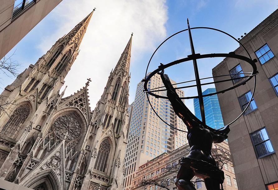 Die St. Patrick's Cathedral ist die größte im neugotischen Stil erbaute Kathedrale in den Vereinigten Staaten.