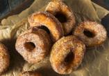 Probieren Sie unbedingt einen Cronut – eine Kreuzung aus Croissant und Donut.
