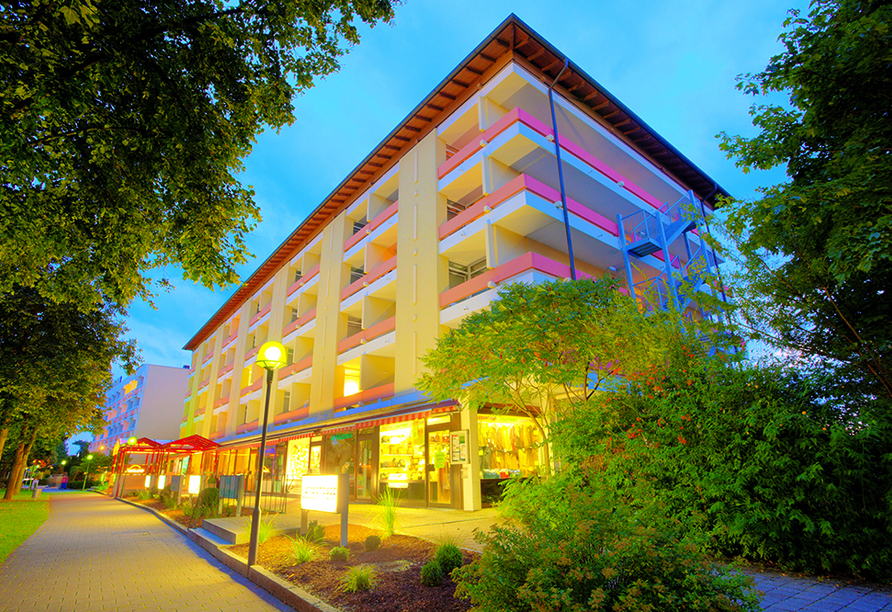 Kurhotel PANLAND in Bad Füssing im Bäderdreieck, Außenansicht