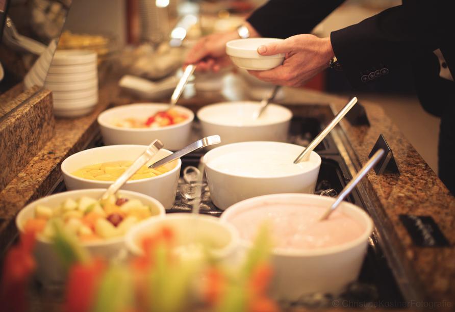 Im Heide Hotel Reinstorf erwartet Sie ein reichhaltiges Frühstücksbuffet.