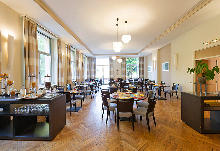 Grand Hotel Filippo Bad Niederbronn, Frühstücksraum