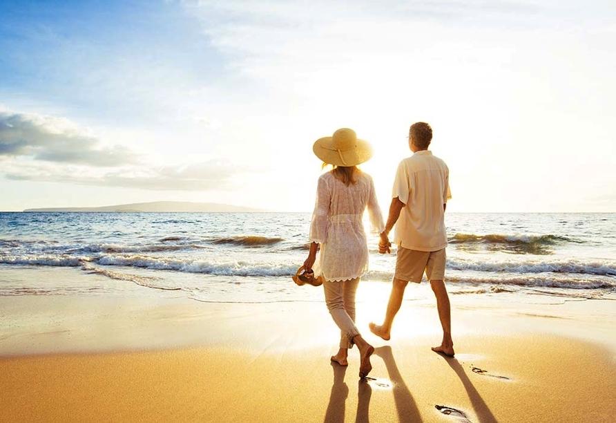 Ihr Urlaubshotel liegt direkt gegenüber des bekannten Garbí Strands.