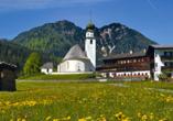Besuchen Sie das malerische Bild der Kirche in Widlschönau-Thierbach.