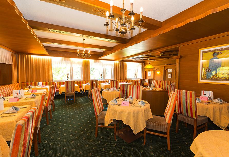 Lassen Sie sich im Restaurant des Hotels Harmony Sonnschein verwöhnen.