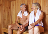 Waldhotel Altenbrak in Thale, Paar in der Sauna