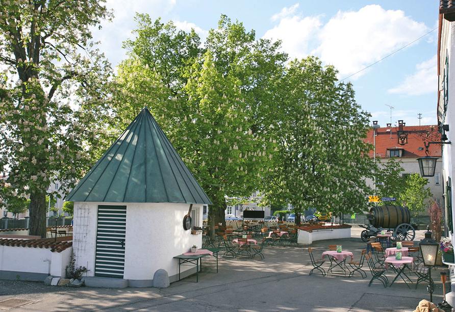 Hotel Gasthof Munding in Krumbach Mittelschwaben, Biergarten