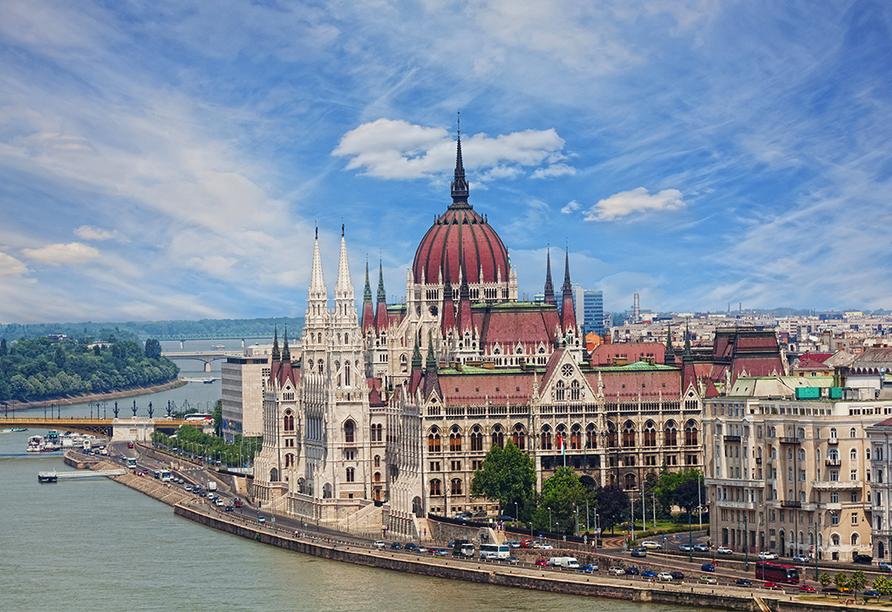 MS Amelia, Budapest