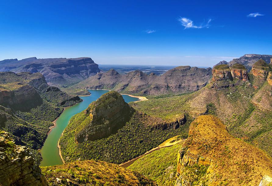 Die Three Rondavels und der Blyde River Canyon sind einzigartige Naturwunder.
