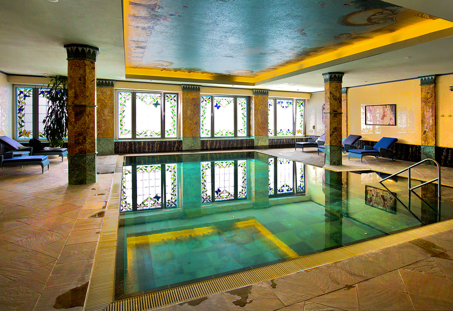 Häcker's Grand Hotel in Bad Ems, Innenpool