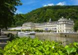 Häcker's Grand Hotel in Bad Ems, Außenansicht mit Lahn