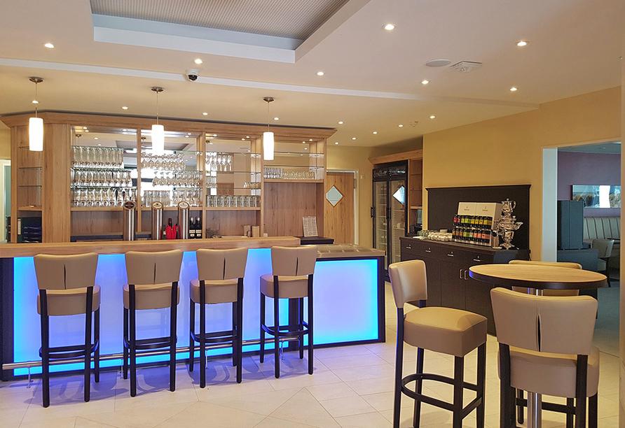 Lassen Sie den Tag an der Bar im Avalon Hotel Bellevue bei einem leckeren Drink ausklingen!