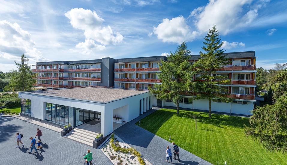 Hotel Kurhaus Bryza in Kolberger Deep an der polnischen Ostsee Außenansicht