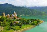 Geheimnisvoller Kaukasus, Wehrkirche Ananuri