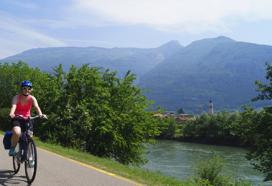 Etsch-Radweg, Radfahrer Etsch-Radweg
