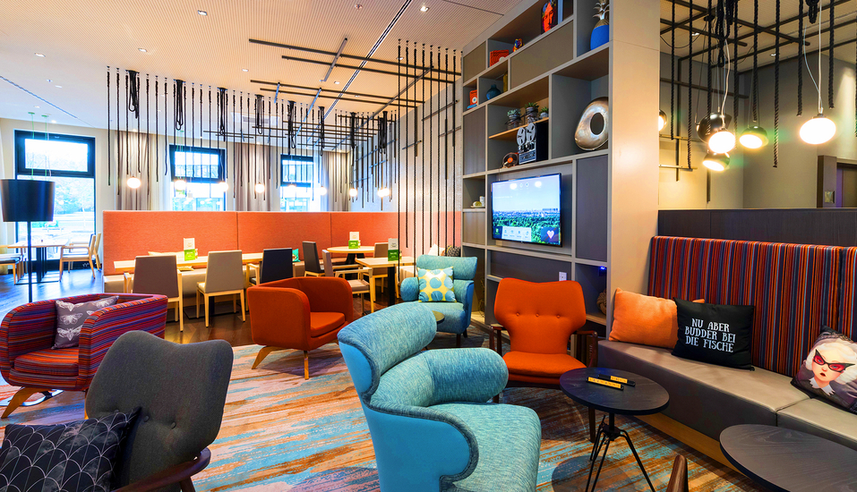 Holiday Inn Hamburg - City Nord, Restaurant und Lounge