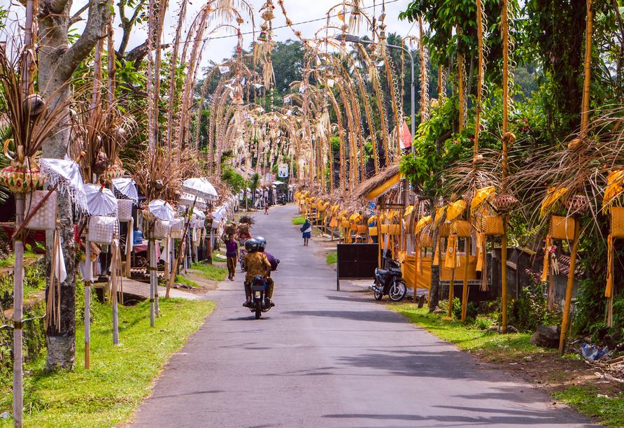 Artotel in Sanur, Indonesische Dorfstraße