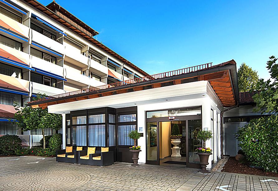 Hotel Schweizer Hof in Bad Füssing im Bayerischen Wald, Außenansicht