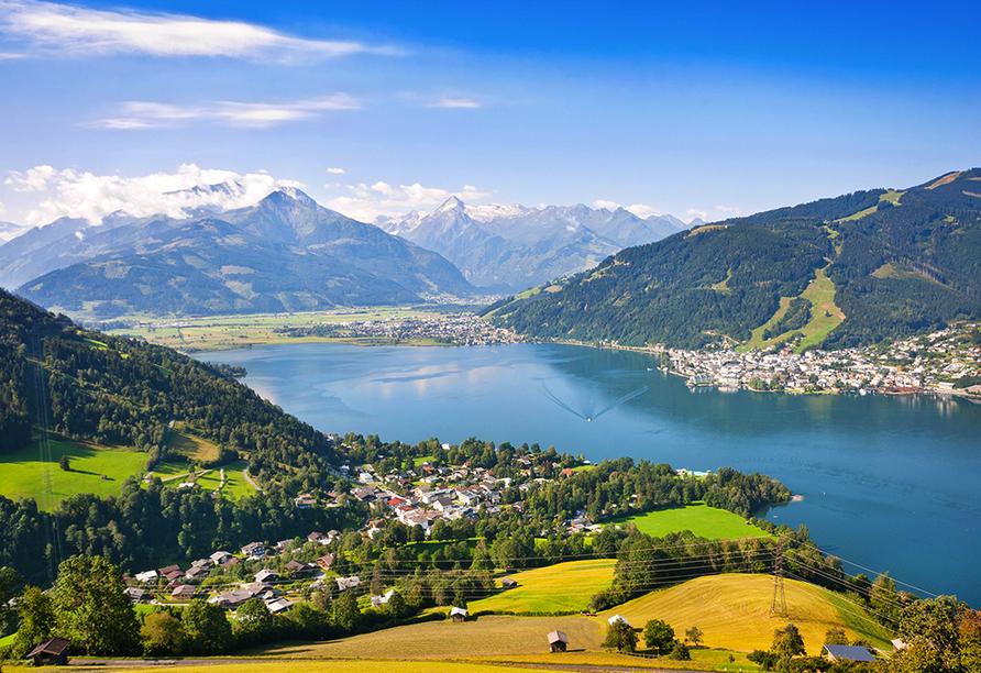 Landhotel Steindlwirt in Dorfgastein im Salzburger Land in Österreich, Blick auf Zell am See