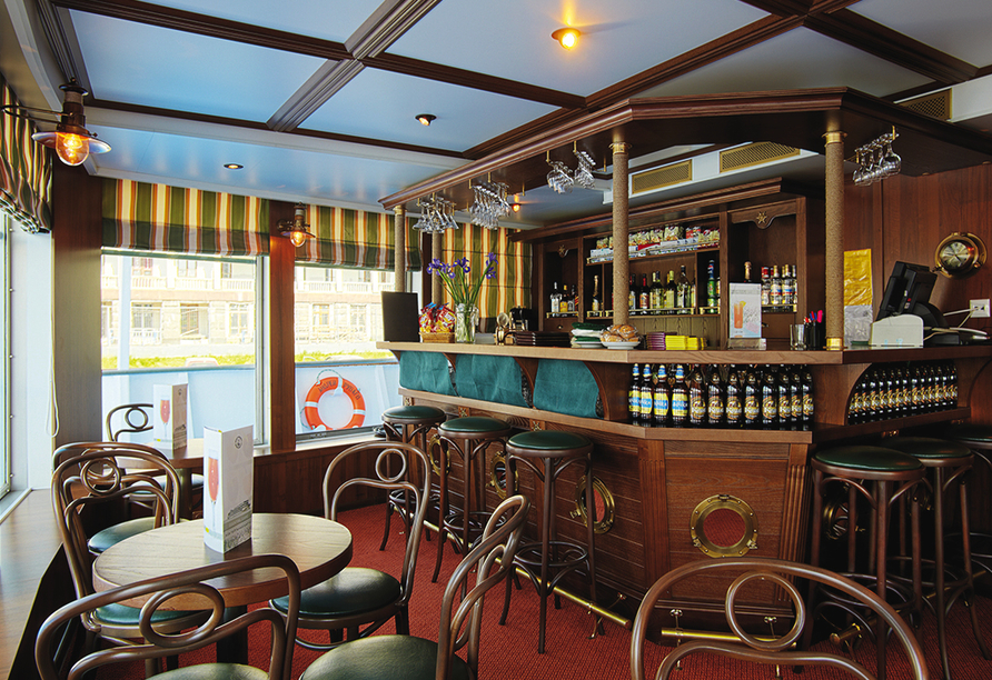MS Andrey Rublev, Bar