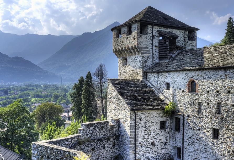 Valgrande Hotel in Vogogna, Visconti Schloss
