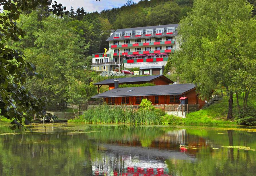 Hotel Waldhaus am See, Hotel mit direkter Seelage