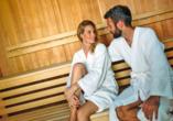 Hotel Waldhaus am See, Paar in Sauna