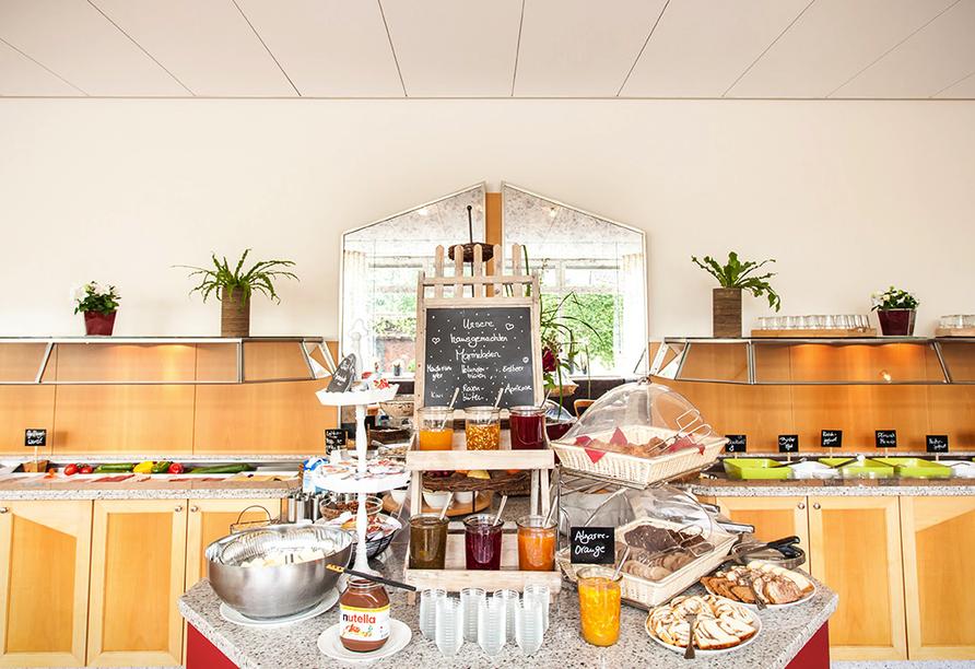 Ein reichhaltiges Frühstück wartet auf Sie.